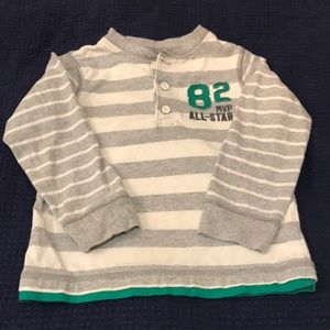 Just in! EUC Sz 4T Carter's Gray/White Striped Top